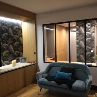 Optimisation d'un couloir par un bureau après ouverture sur le salon - Paris 15e